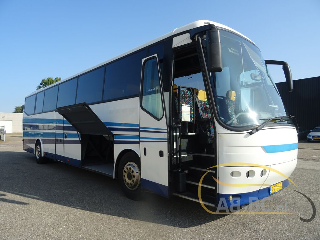coach-busBOVA-FHD-13-380-61-seats---1600673671612112405_big--20092110164879386200