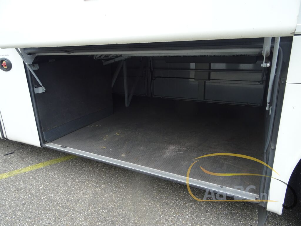 coach-busVAN-HOOL-T915-Alicron-Liftbus-51-Seats---1599572647614550143_big--20090816430448390500