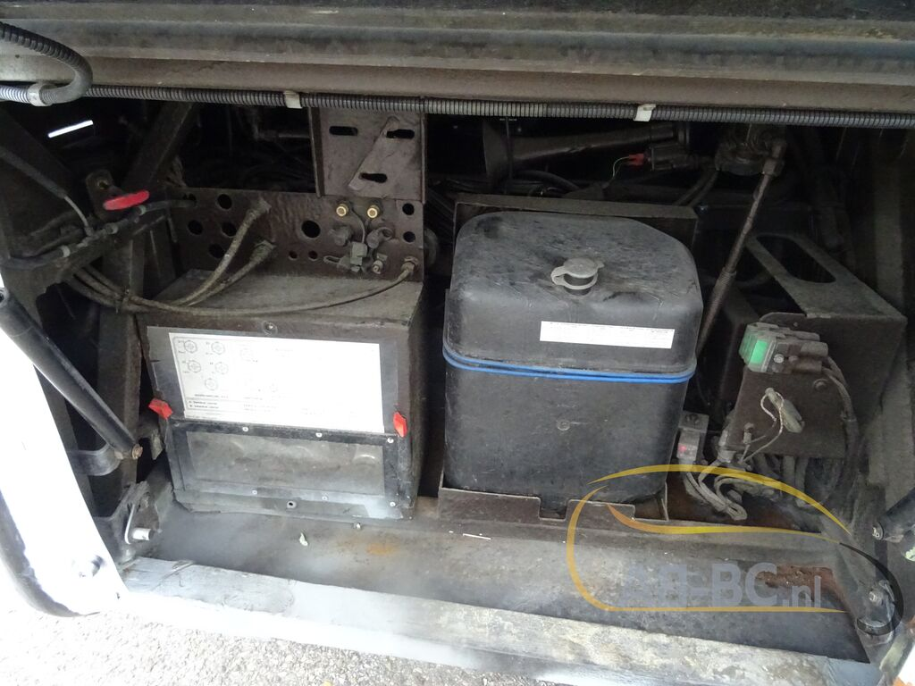 coach-busVAN-HOOL-T915-Alicron-Liftbus-51-Seats---1599572743372794523_big--20090816430448390500