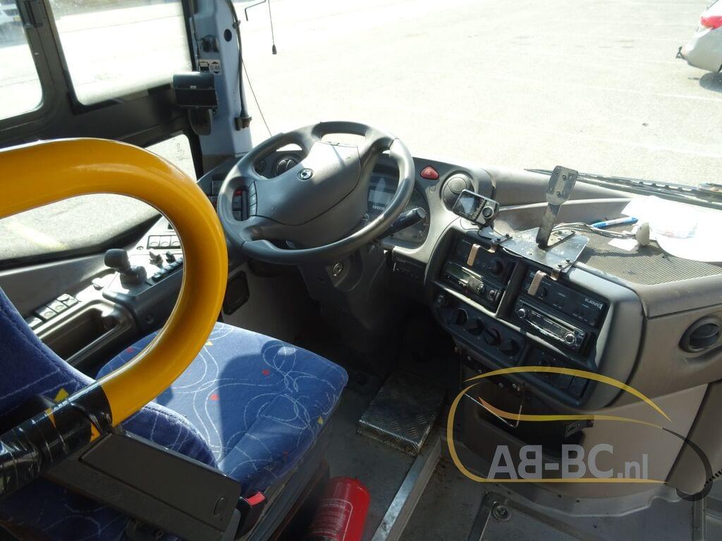 interurban-busIVECO-Arway---1600087440094785543_big--20091415323174848700