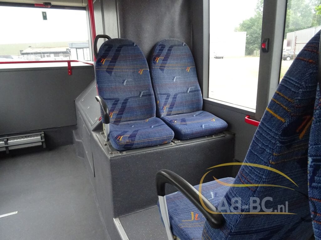 city-busVAN-HOOL-A320---1594804539610103380_big--20021415203739208000