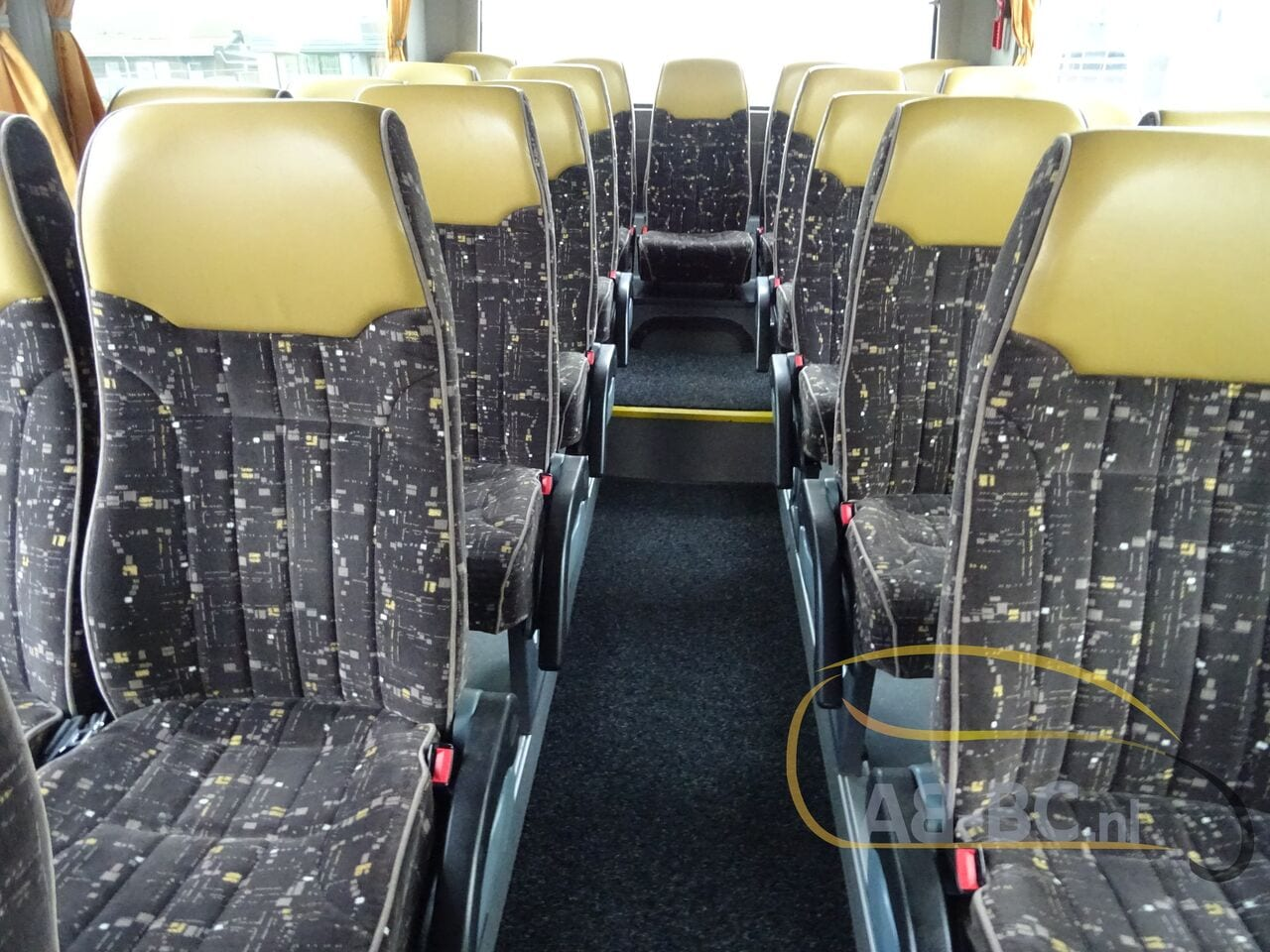 coach-busTEMSA-Safari-HD-51-Seats-EURO5-12-MTR---1614266646256679853_big_e70eb56465246c3d8e05730e461aca53--19052917224730818200