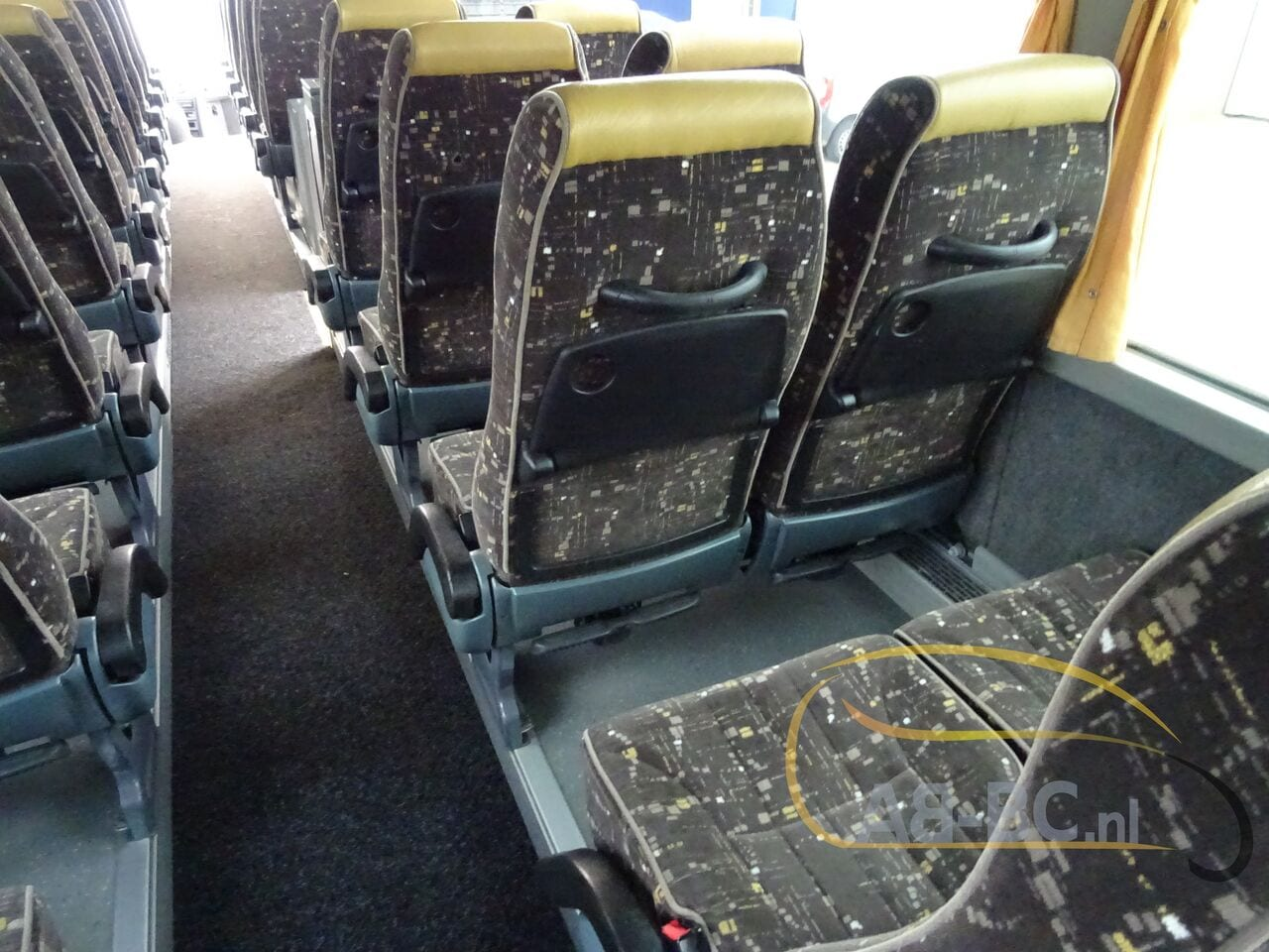 coach-busTEMSA-Safari-HD-51-Seats-EURO5-12-MTR---1614266670544573667_big_b135fae5dcd7a220e364159012ca6b35--19052917224730818200