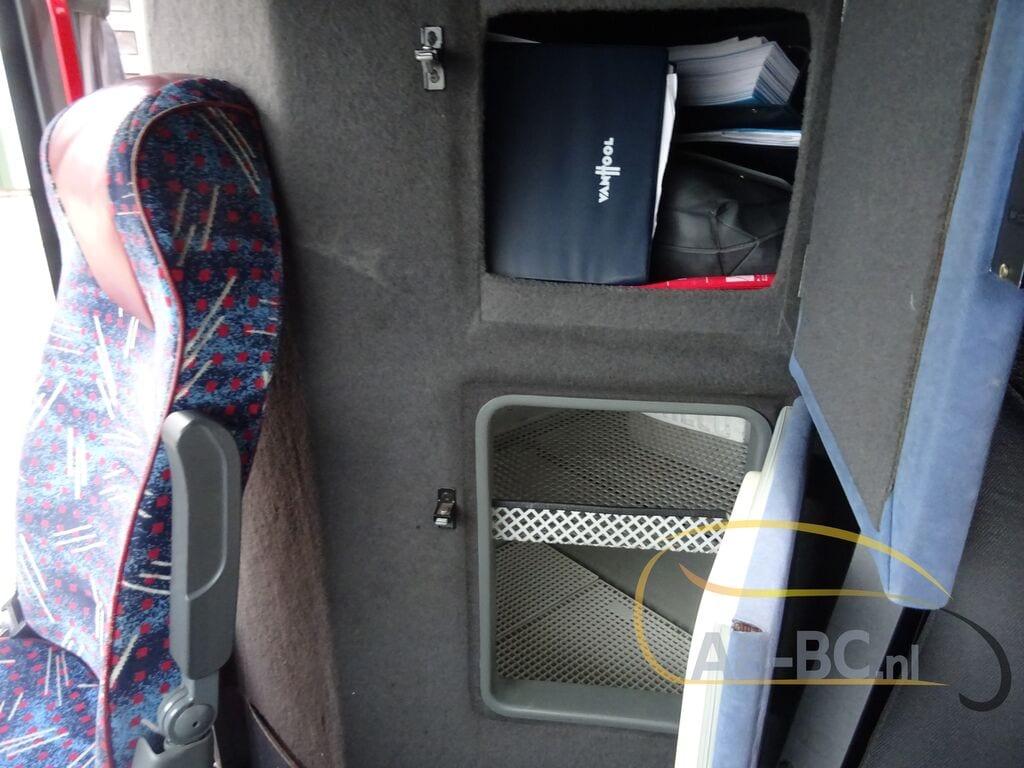 coach-busVAN-HOOL-T917-Altano---1606907945933887064_big--20120213132233820300