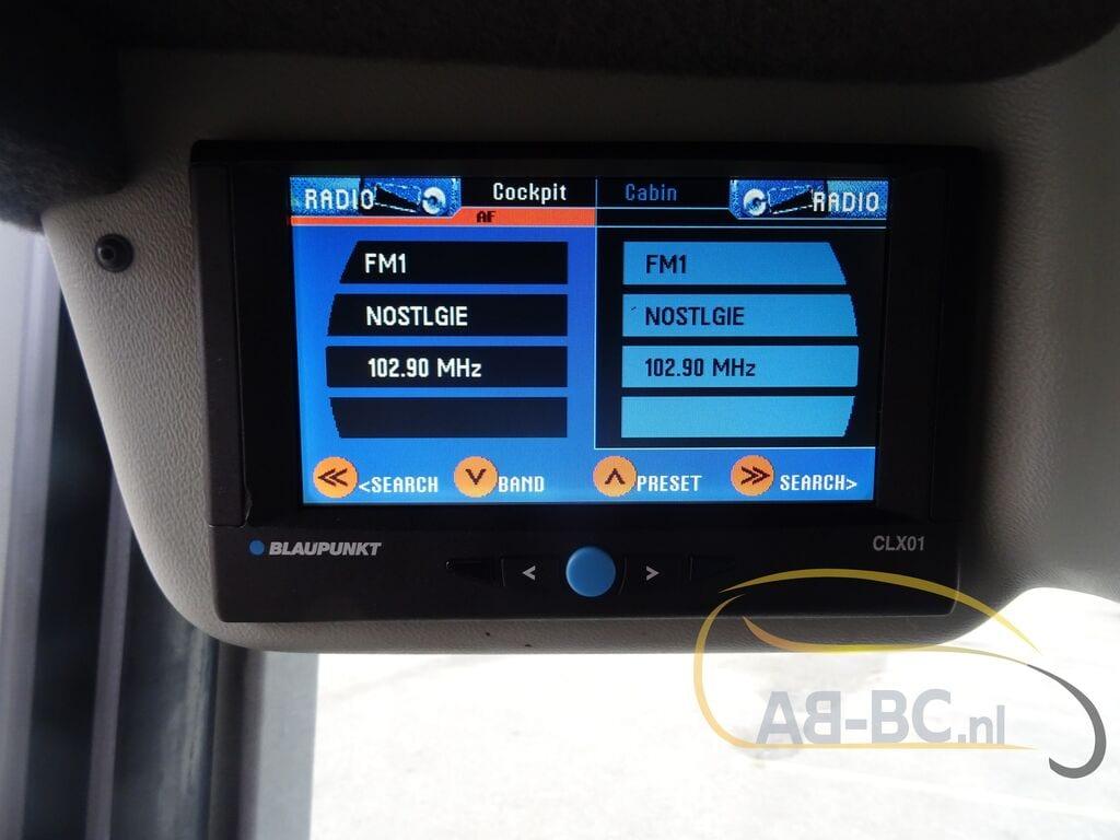 coach-busVAN-HOOL-T917-Altano---1606908014610478045_big--20120213132233820300