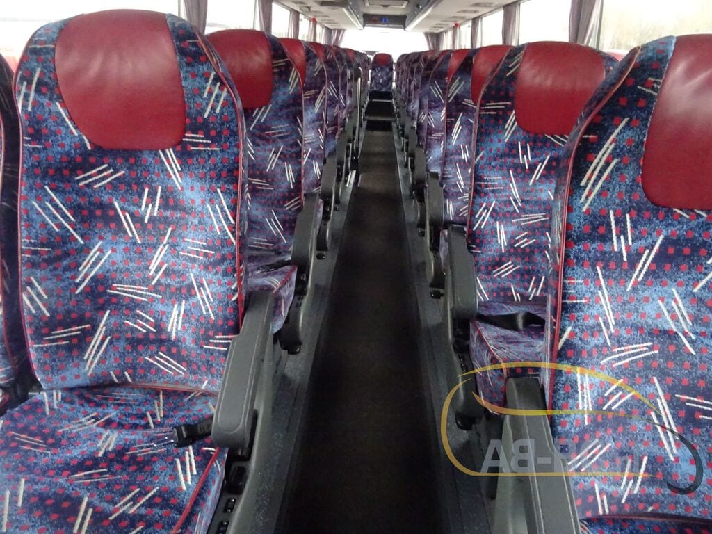 coach-busVAN-HOOL-T917-Altano---1606908127919973493_big--20120213132233820300