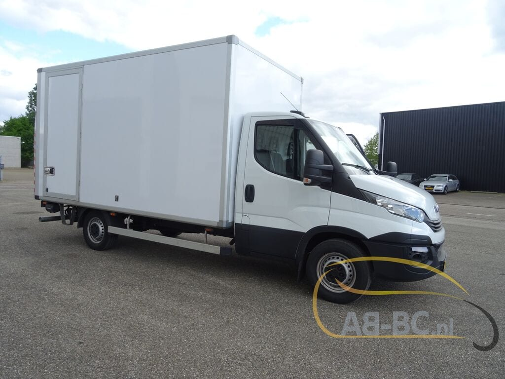 commercial-vehicle-box-truck-3-5tIVECO-Daily-35S14A8---1589292355374787788_big--20051216593838500800