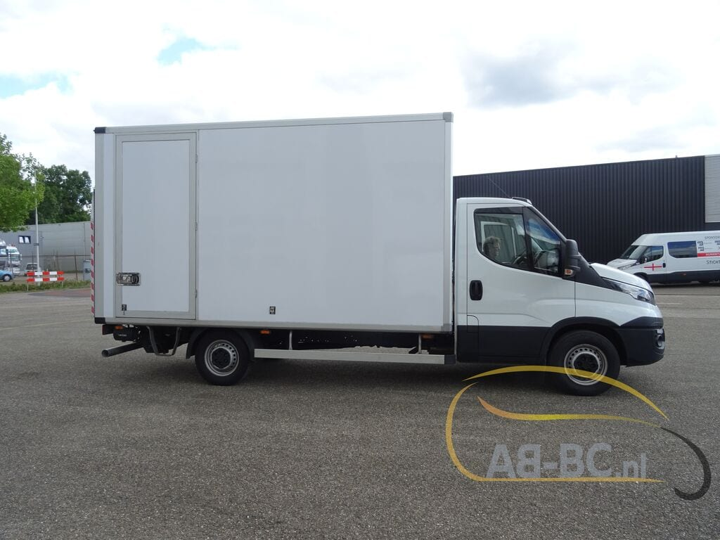 commercial-vehicle-box-truck-3-5tIVECO-Daily-35S14A8---1589292361577532174_big--20051216593838500800