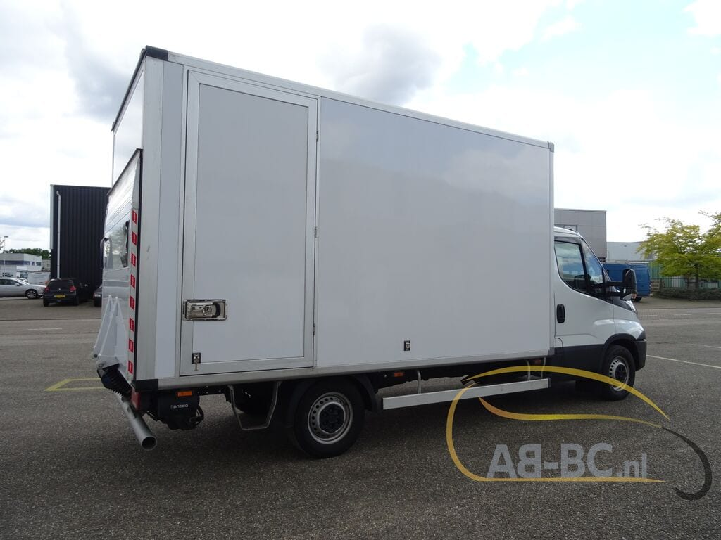 commercial-vehicle-box-truck-3-5tIVECO-Daily-35S14A8---1589292368060690696_big--20051216593838500800