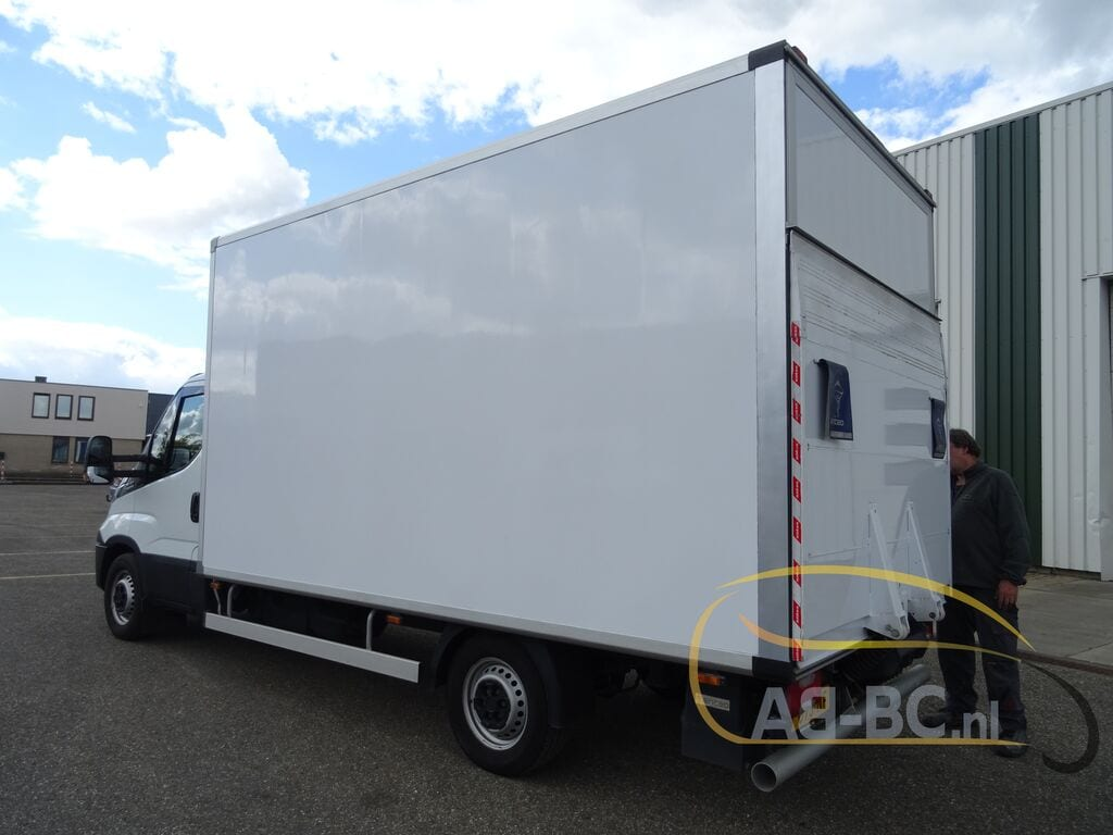 commercial-vehicle-box-truck-3-5tIVECO-Daily-35S14A8---1589292411092693643_big--20051216593838500800