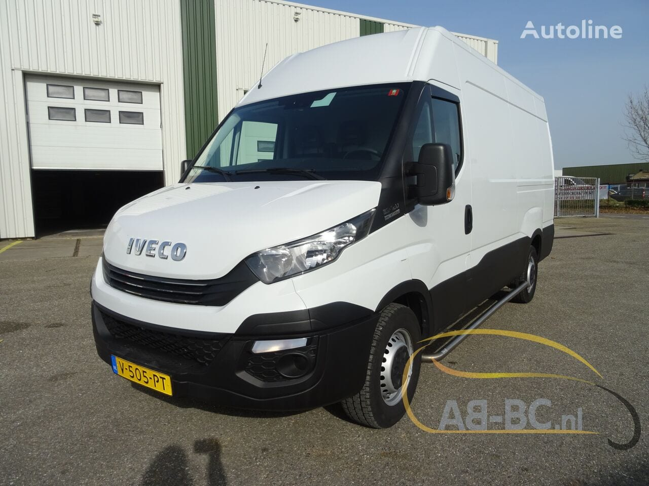 commercial-vehicle-closed-box-vanIVECO-Daily-35S12-EURO-6---1613998459731489654_big--20120217420418671900