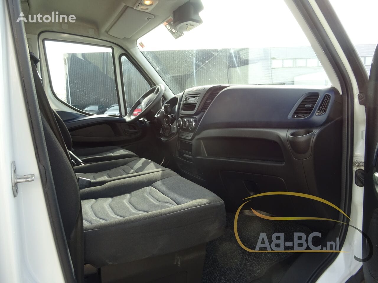 commercial-vehicle-closed-box-vanIVECO-Daily-35S12-EURO-6---1613998526706803840_big--20120217420418671900