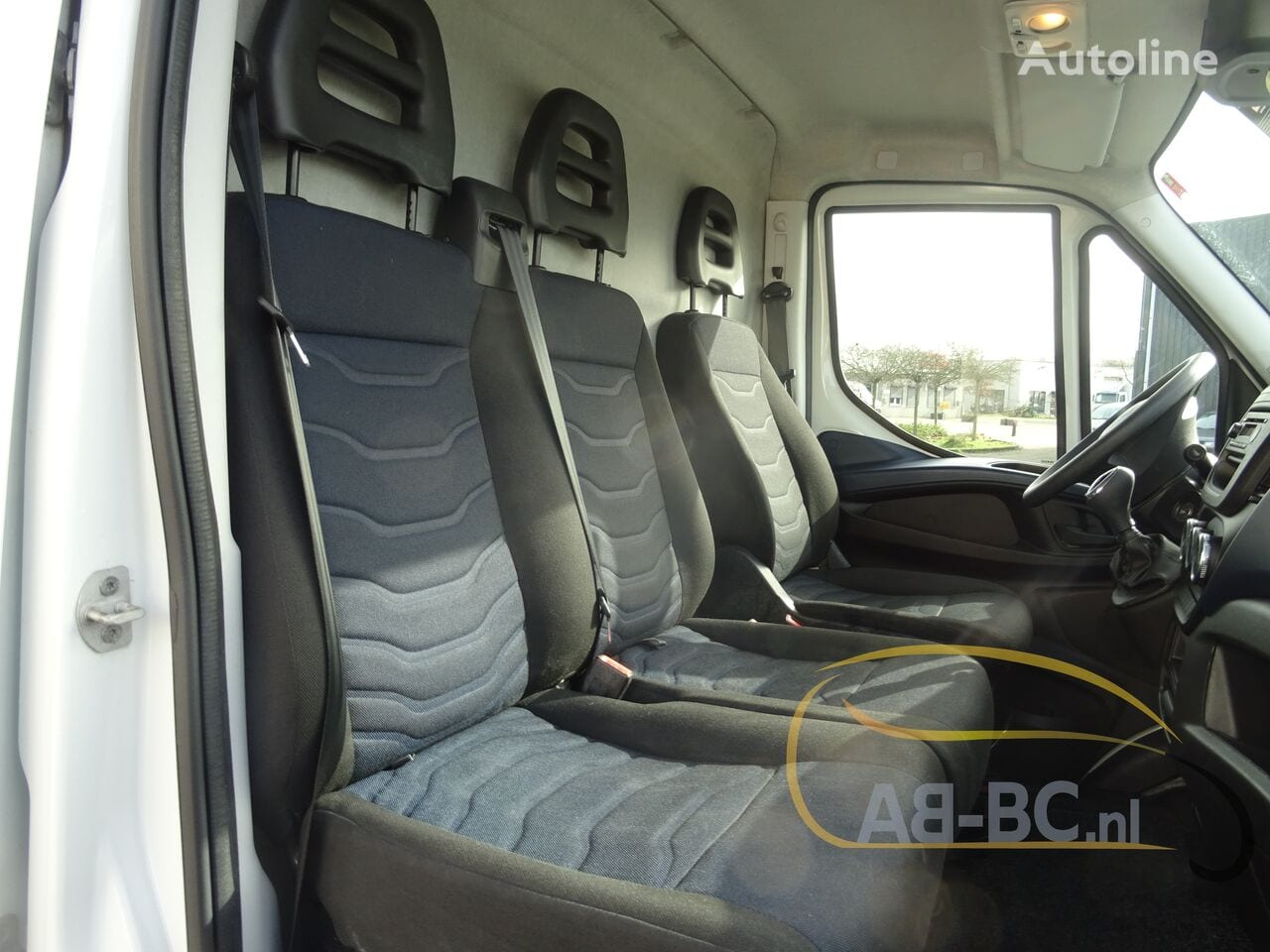 commercial-vehicle-closed-box-vanIVECO-Daily-35S12-EURO-6---1613998539539958243_big--20120217420418671900