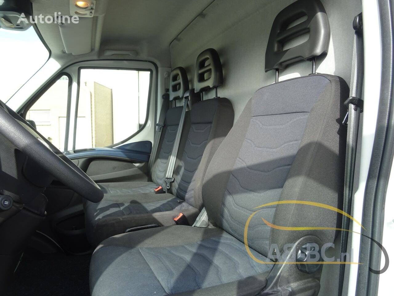 commercial-vehicle-closed-box-vanIVECO-Daily-35S12-EURO-6---1613998553357175275_big--20120217420418671900