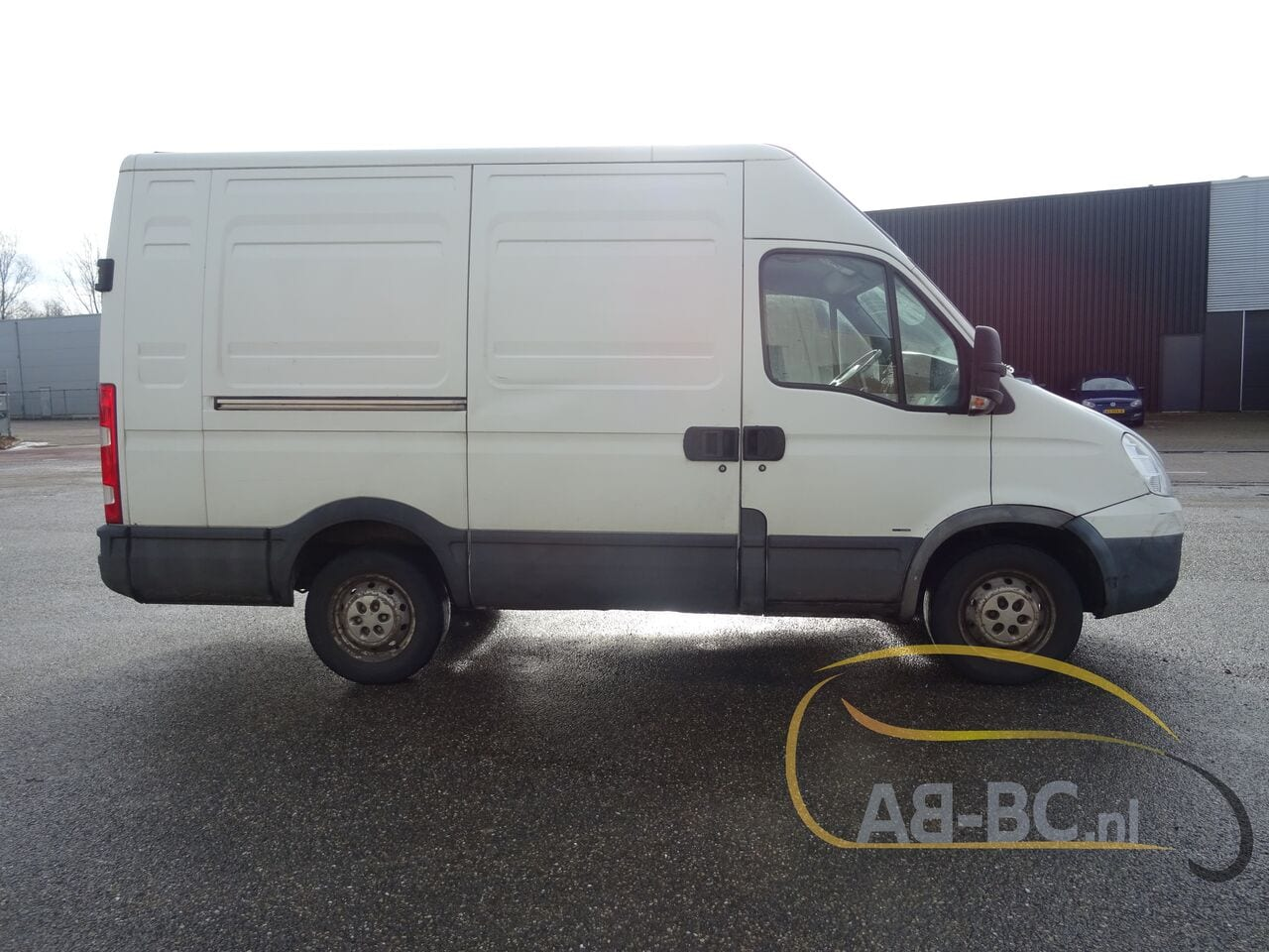 commercial-vehicle-closed-box-vanIVECO-Daily-35S18V-Automaat-180-PK---1613469749825447439_big--21021612014011202200