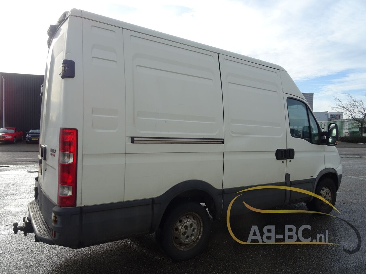 commercial-vehicle-closed-box-vanIVECO-Daily-35S18V-Automaat-180-PK---1613469758478170705_big--21021612014011202200
