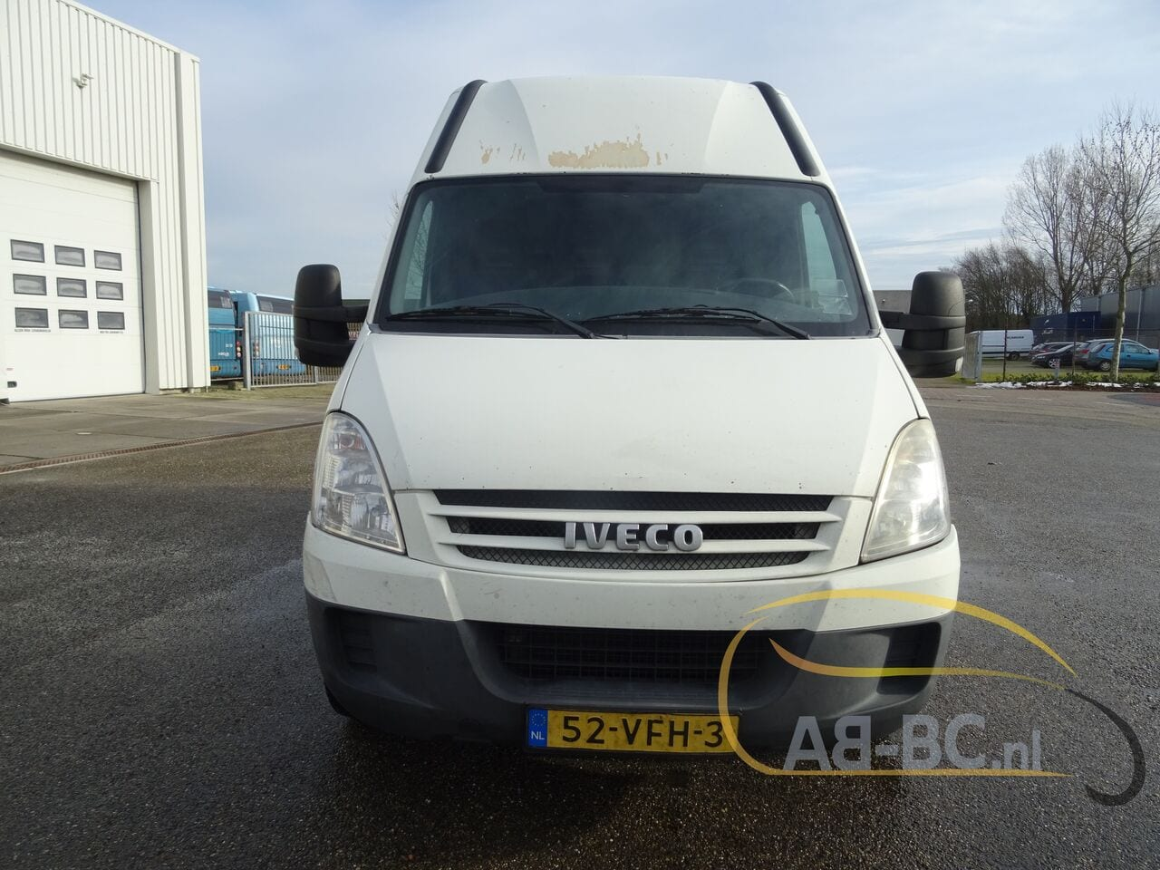 commercial-vehicle-closed-box-vanIVECO-Daily-35S18V-Automaat-180-PK---1613469776665069930_big--21021612014011202200