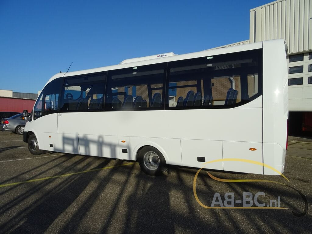 school-busIVECO-Rosero-First-Schoolbus-CNG---1584085929774447131_big--20031309511638369000