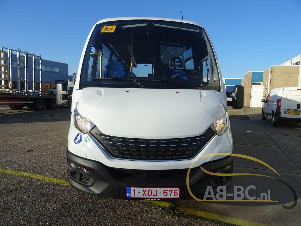 school-busIVECO-Rosero-First-Schoolbus-CNG---1584085997914154439_big--20031309511638369000