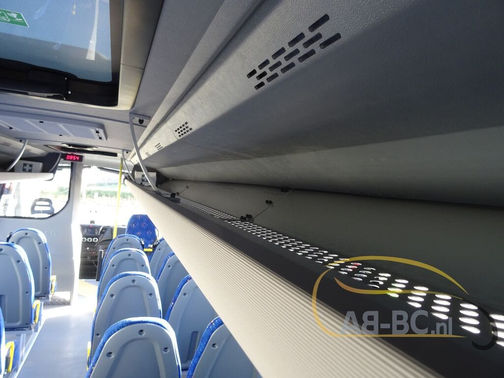 school-busIVECO-Rosero-First-Schoolbus-CNG---1584086235358411203_big--20031309511638369000