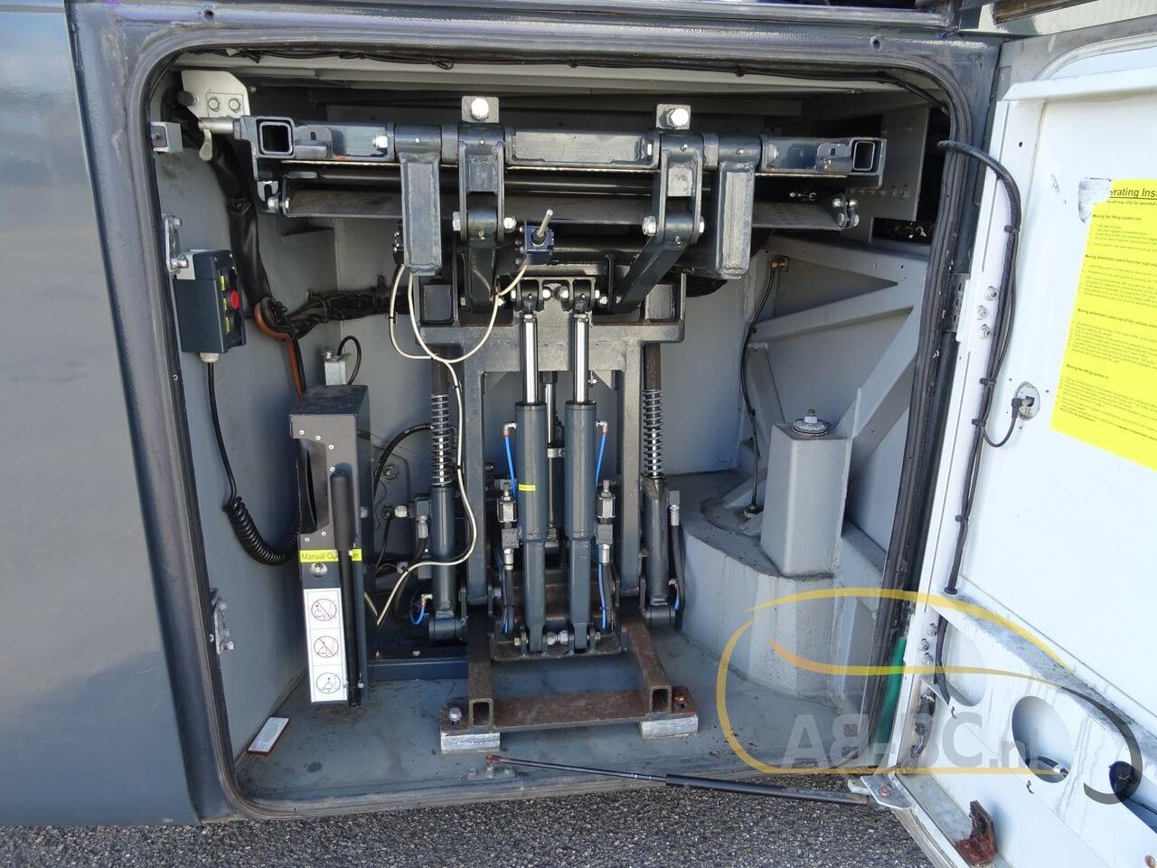coach-busSETRA-S415-GT-HD-FINAL-EDITION-51-SEATS-LIFTBUS---1620381714006038616_big_c94241e9f8819f1f2f213b9380871e30--21050713010665719300