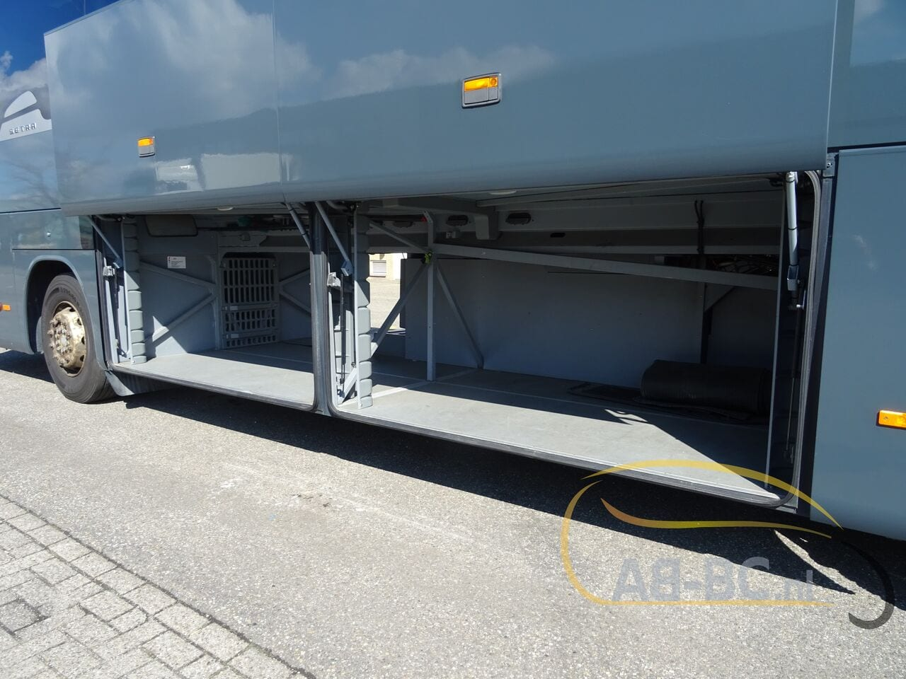 coach-busSETRA-S415-GT-HD-FINAL-EDITION-51-SEATS-LIFTBUS---1620381753181788892_big_b4dd08157bd1c41e35f8c3e70618680a--21050713010665719300