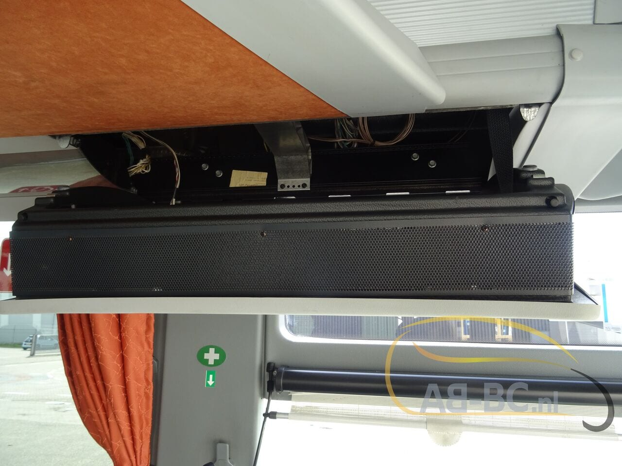 coach-busSETRA-S416H-48-SEATS-LIFTBUS---1620309834688215788_big_a9df9567f19eae7f48fb5d2343fda127--21050616581387095000