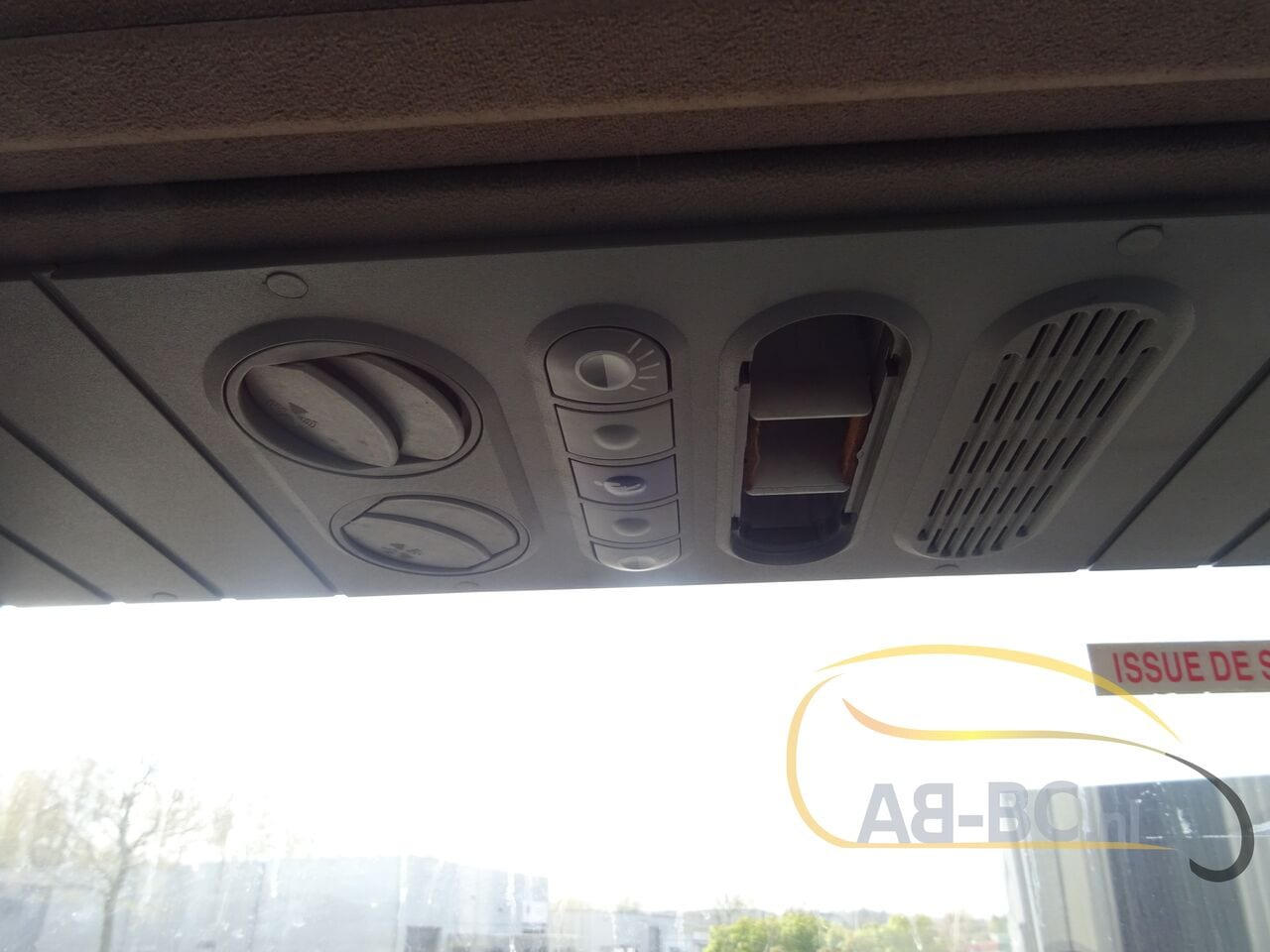 coach-busTEMSA-Safari-RD-65-Seats---1620312027660920438_big_91a49d77c4c7cbf0189e63bd60f15784--21050617272795316700