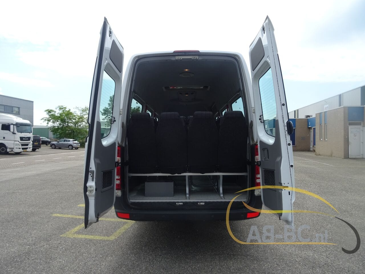 coach-busMERCEDES-BENZ-516-CDI-Sprinter-Transfer-45-23-Seats-EURO-6---1625493796216333620_big_a8d96254575a3677db255bcf0332c4bd--21060112394245379500