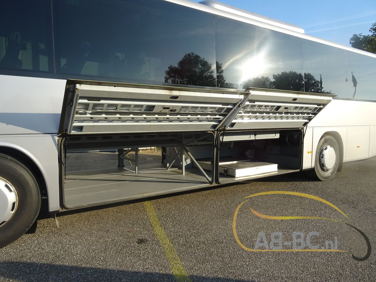 coach-bus-SETRA-S415H-52-Seats-EURO-6-Liftbus---1630913044698018073_big_f86654b093c11fe7660699918255685a--21070517141280735500