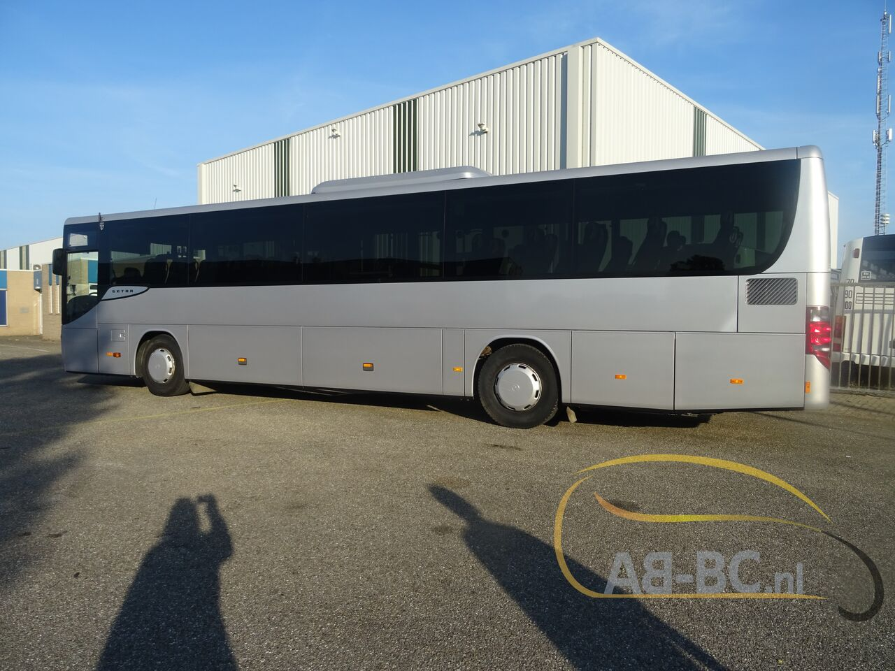 coach-bus-SETRA-S415H-52-Seats-EURO-6-Liftbus---1630913135417601685_big_35a110e58657e50990e132fefa720c9b--21070517141280735500
