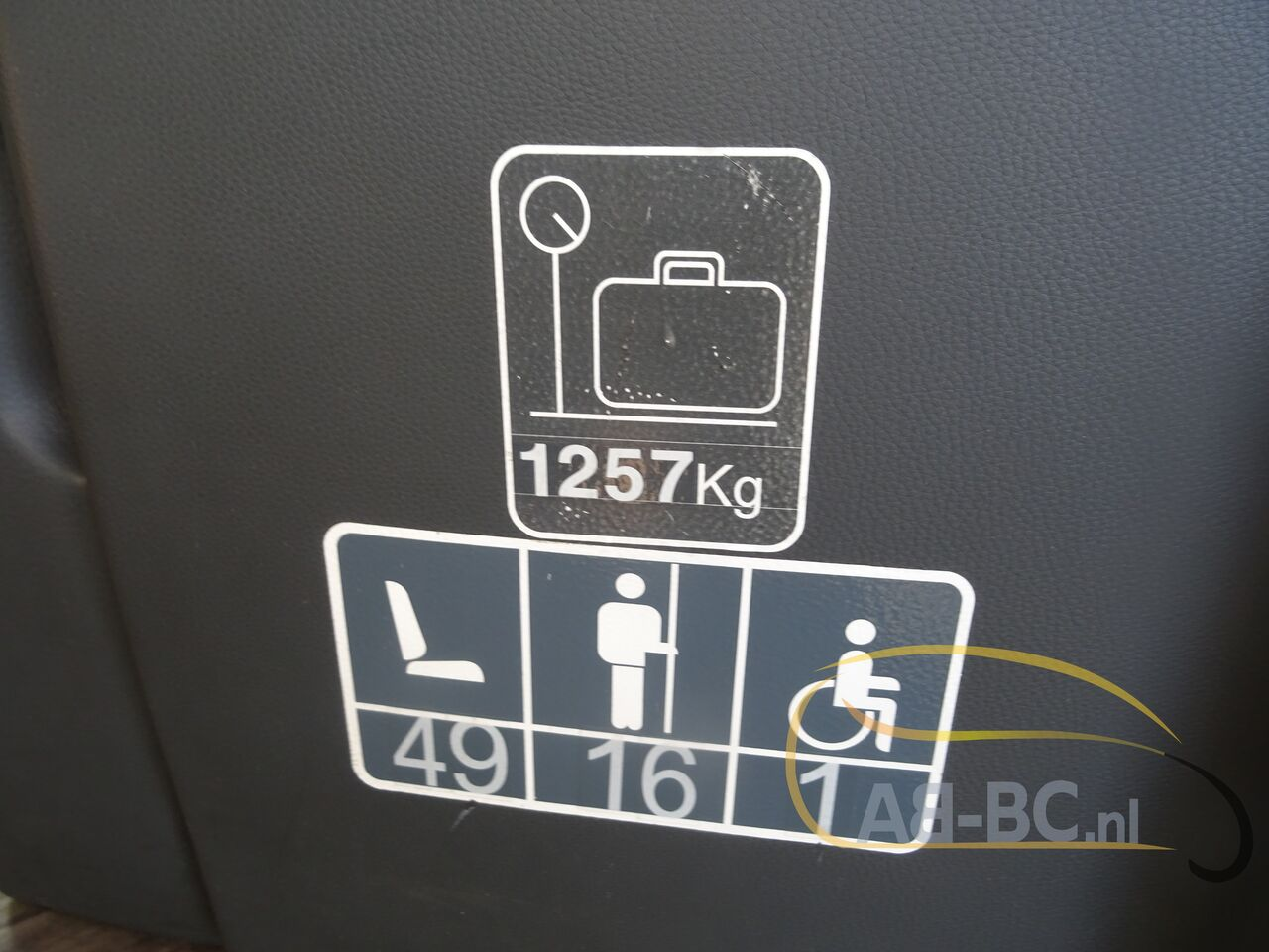 coach-bus-SETRA-S415H-52-Seats-EURO-6-Liftbus---1630913245752902826_big_9ce6c35dcf9886be1458121073ee3a20--21070517141280735500