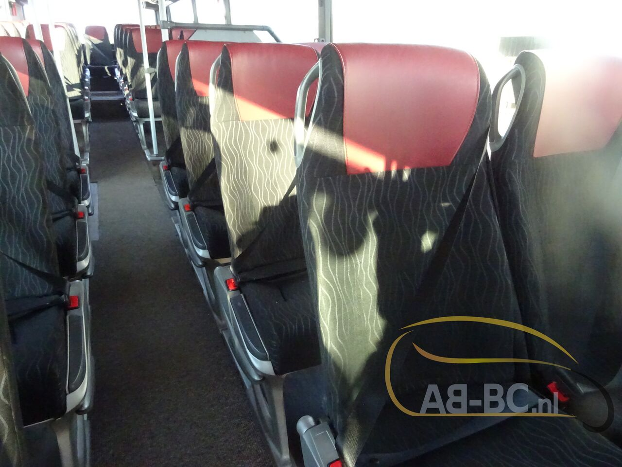 coach-bus-SETRA-S415H-52-Seats-EURO-6-Liftbus---1630913409408294905_big_a99816bcc50b462a16a53ab871aae622--21070517141280735500