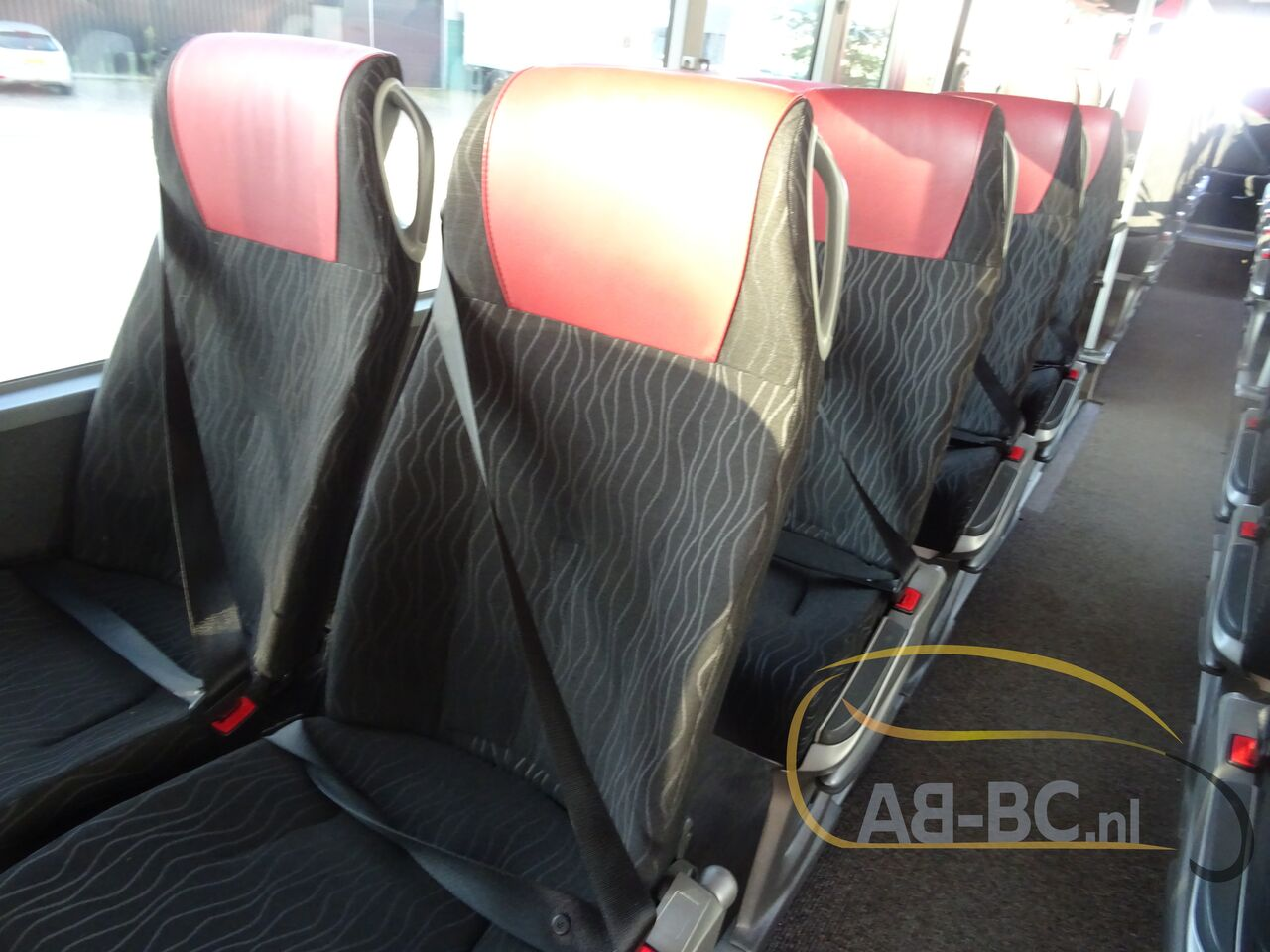 coach-bus-SETRA-S415H-52-Seats-EURO-6-Liftbus---1630913417771305351_big_6aad6e8ee35c6c522340f413e1a9876c--21070517141280735500