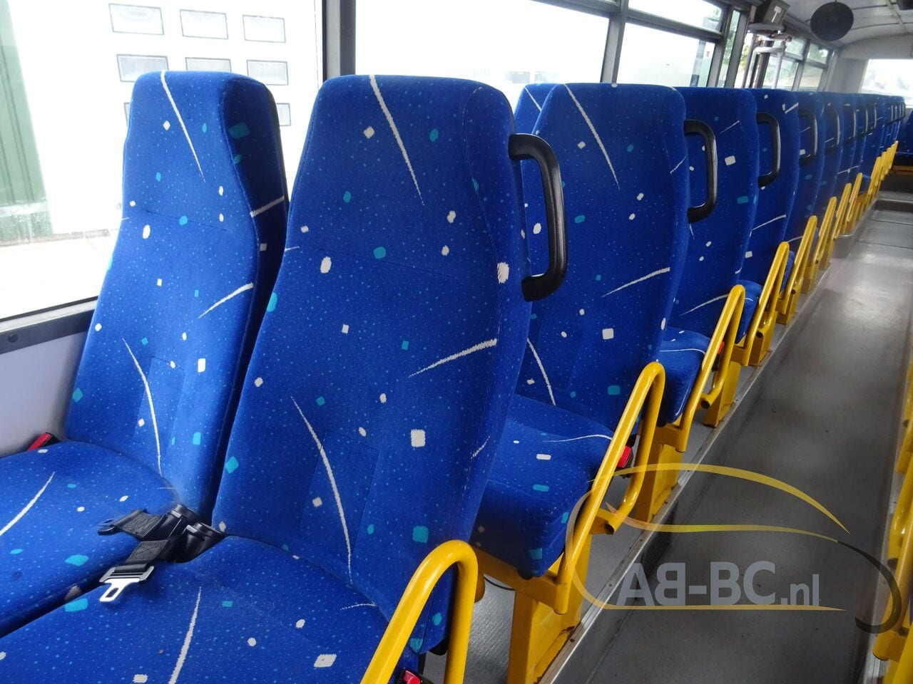 interurban-busIVECO-Irisbus-Recreo-64-Seats---1626160121850930556_big_1b397177091d4bf64500ee07b920fe7e--21071309575983154500